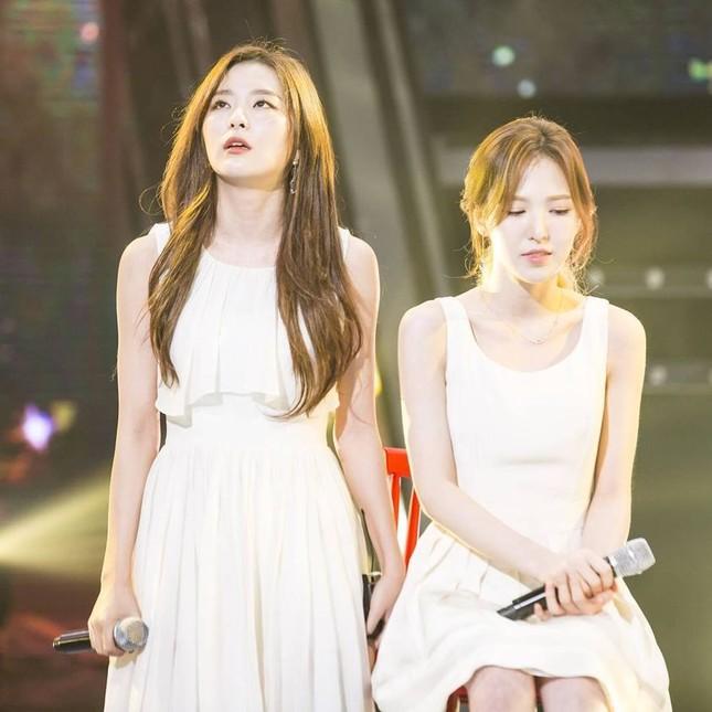 Giữa lúc nước sôi lửa bỏng của Red Velvet, ai cũng mừng khi thấy Seulgi làm điều này ảnh 4
