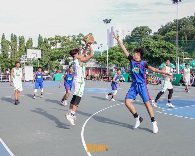 """Trần Huỳnh Khương - """"em trai Hà Anh Tuấn"""" chọn đam mê bóng rổ thay vì nghệ thuật ảnh 3"""