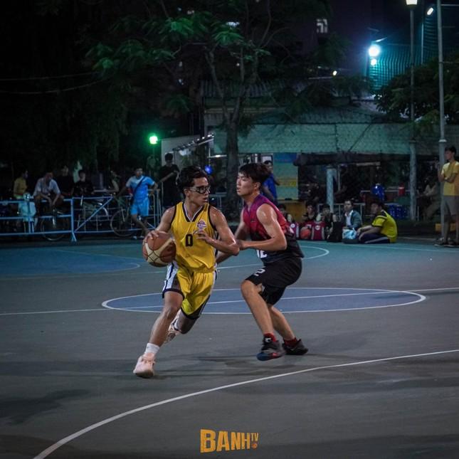 """Trần Huỳnh Khương - """"em trai Hà Anh Tuấn"""" chọn đam mê bóng rổ thay vì nghệ thuật ảnh 5"""