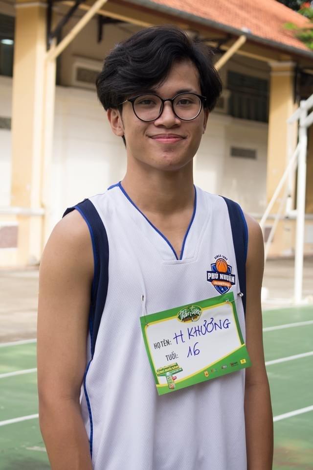 """Trần Huỳnh Khương - """"em trai Hà Anh Tuấn"""" chọn đam mê bóng rổ thay vì nghệ thuật ảnh 2"""