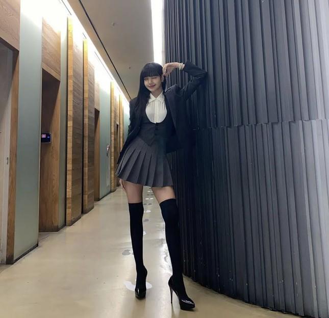 Ngoài gương mặt xinh đẹp, BLACKPINK còn có ưu điểm vóc dáng nào khiến netizen ao ước? ảnh 7