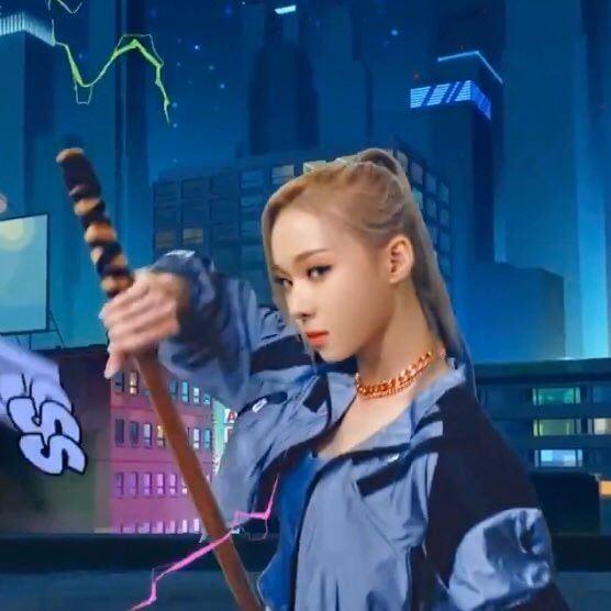 Chưa debut nhưng diện mạo xuất thần của Winter (aespa) đã được netizen miệt mài phân tích ảnh 7