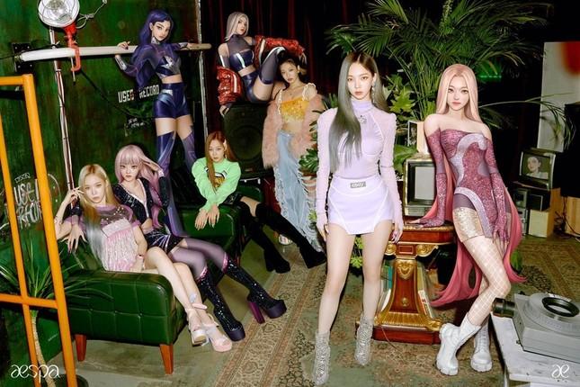 Ảnh mới của aespa khiến netizen e ngại SM Ent đang lặp lại sai lầm của JYP và YG ảnh 2