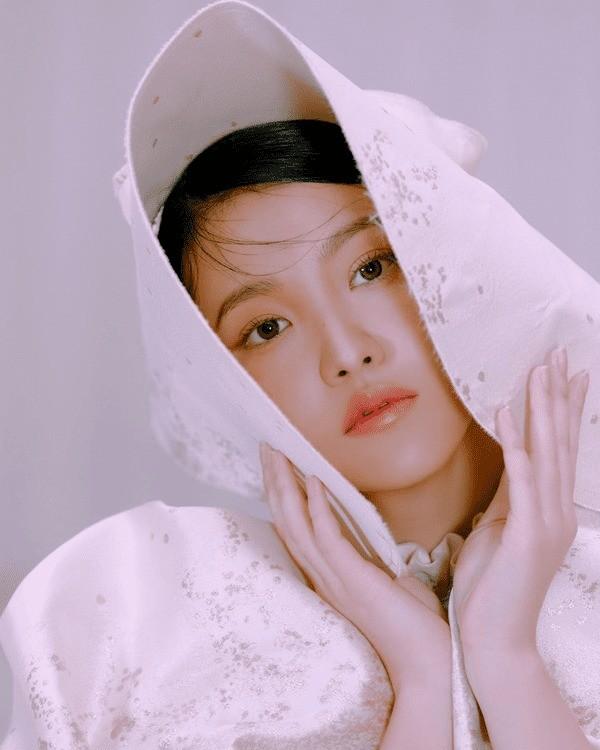 """Nhờ bộ ảnh mới quá đẹp mà Yeri (Red Velvet) được netizen """"quay xe"""" khen ngợi hết lời ảnh 5"""