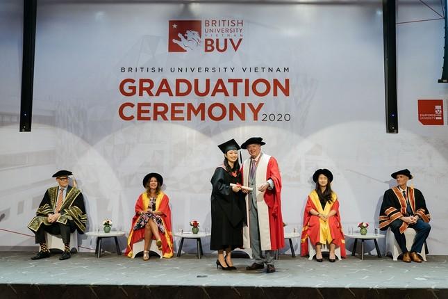 Đại học Anh Quốc Việt Nam nâng giá trị quỹ học bổng và hỗ trợ tài chính lên 53 tỷ đồng ảnh 3