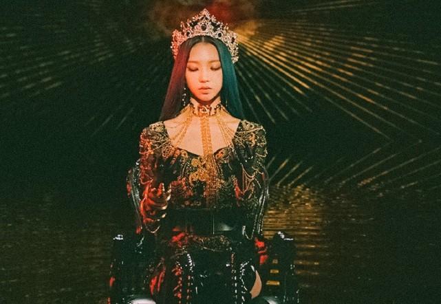 """Thêm lý do khiến netizen Hàn công nhận Karina (aespa) là """"Nữ thần sắc đẹp"""" mới của K-Pop ảnh 7"""