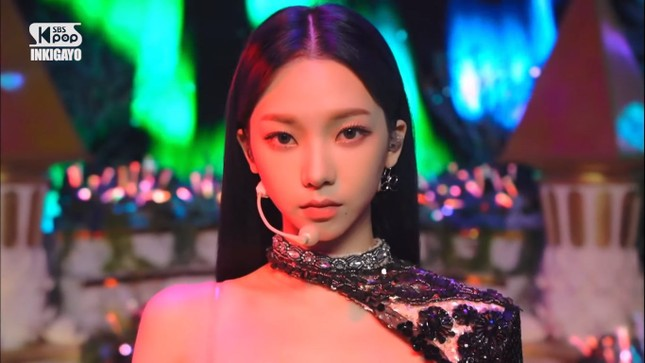"""Thêm lý do khiến netizen Hàn công nhận Karina (aespa) là """"Nữ thần sắc đẹp"""" mới của K-Pop ảnh 5"""
