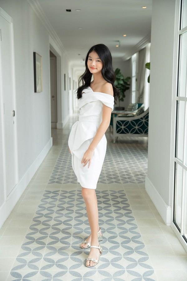 """12 tuổi đã xinh đẹp xuất sắc, con gái Trương Ngọc Ánh đúng là """"Hoa hậu tương lai""""! ảnh 1"""