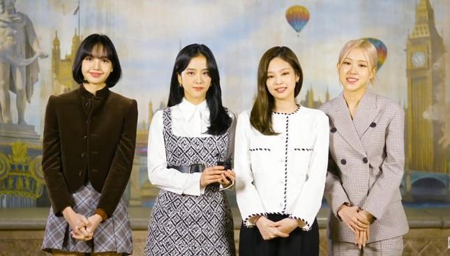 """Nhìn Jennie (BLACKPINK) xử lý ngon ơ câu hỏi khó nhằn, netizen không còn dám chê """"EQ thấp"""" ảnh 2"""