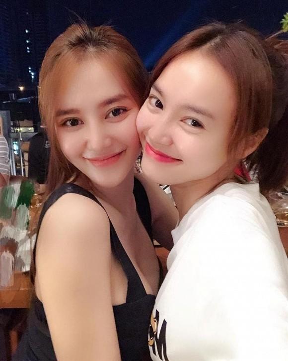 """Trước """"sự cố hàng ghế đầu"""", Linh Chi từng bị netizen khó chịu vì """"ké fame"""" Lan Ngọc? ảnh 3"""