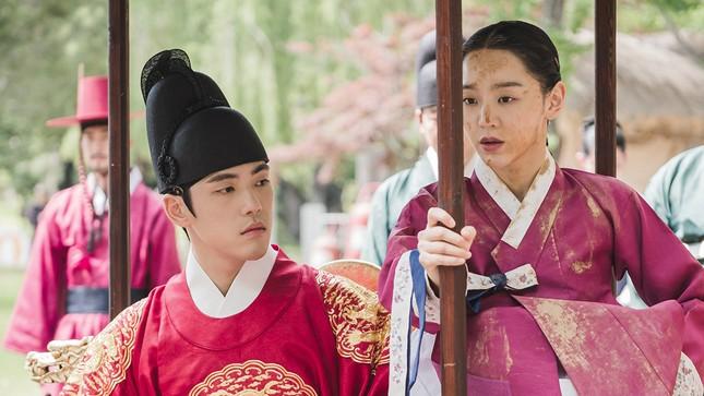"""""""Thái Tử Phi Thăng Chức Ký"""" nổi tiếng ở Trung Quốc nhưng lại bị yêu cầu ngừng chiếu ở Hàn ảnh 2"""
