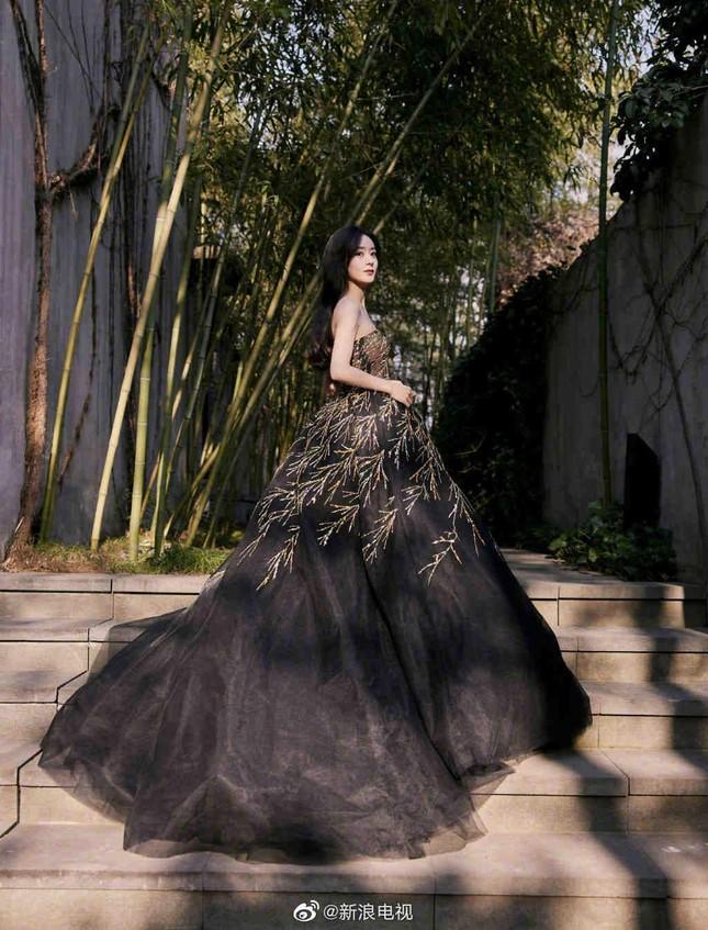 Sao nữ C-Biz đọ váy tại Tinh Quang Đại Thưởng: Ai cũng như tiên nữ giáng trần ảnh 3
