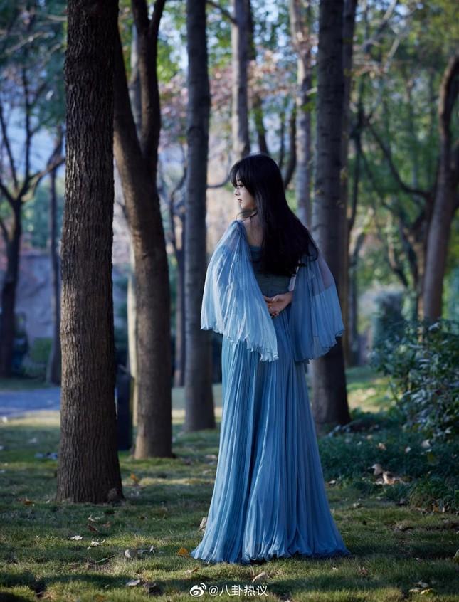 Sao nữ C-Biz đọ váy tại Tinh Quang Đại Thưởng: Ai cũng như tiên nữ giáng trần ảnh 1
