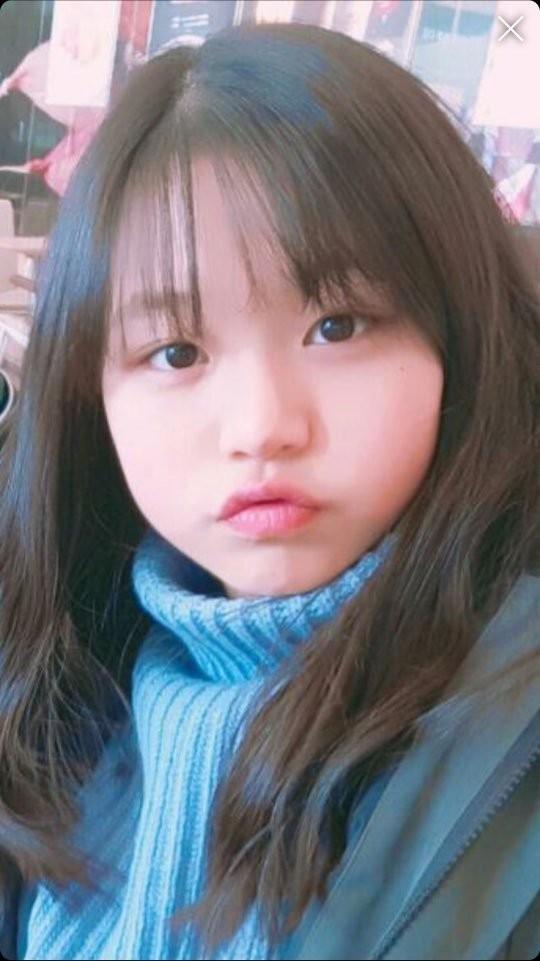 """Vì đâu netizen cho rằng Jang Won Young (IZ*ONE) không thể gọi là """"dậy thì thành công""""? ảnh 7"""