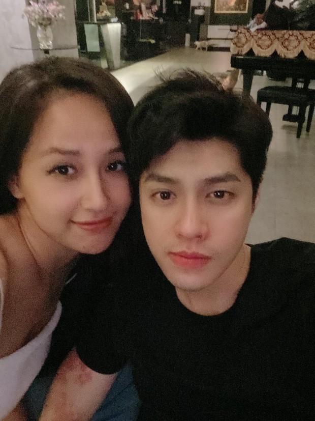 Mai Phương Thúy mặc thế nào khi gặp gia đình Noo Phước Thịnh mà lại bị netizen chê trách? ảnh 1