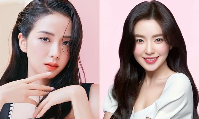 """""""Đại chiến visual"""" của Irene và Jisoo: Netizen không biết chọn ngọt ngào hay sang chảnh ảnh 1"""
