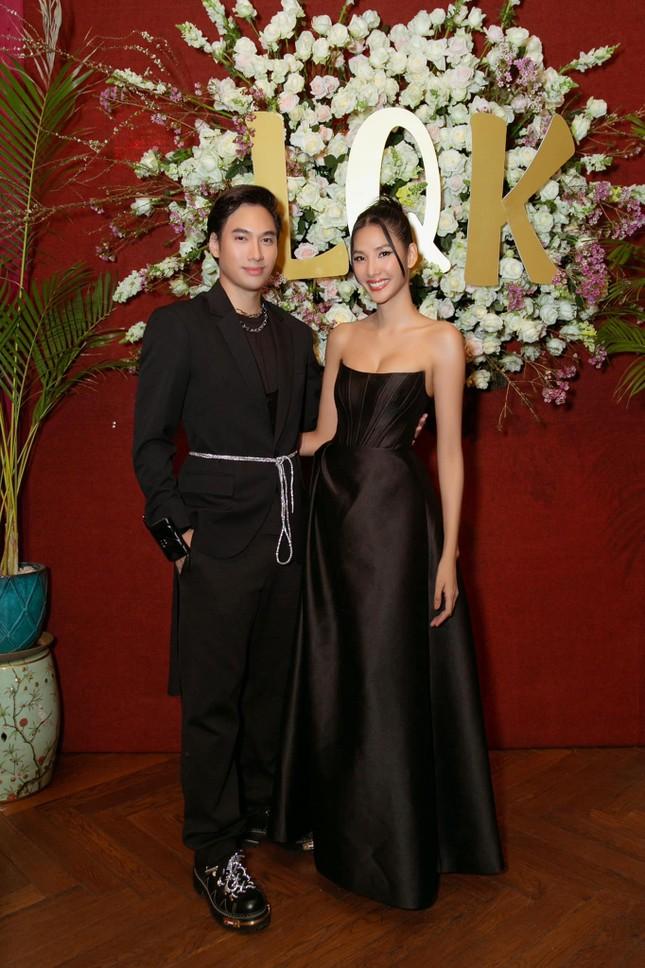 Sau Nam Em, hàng loạt mỹ nhân Việt bị nghi mặc váy nhái giống của Seo Ye Ji ảnh 5