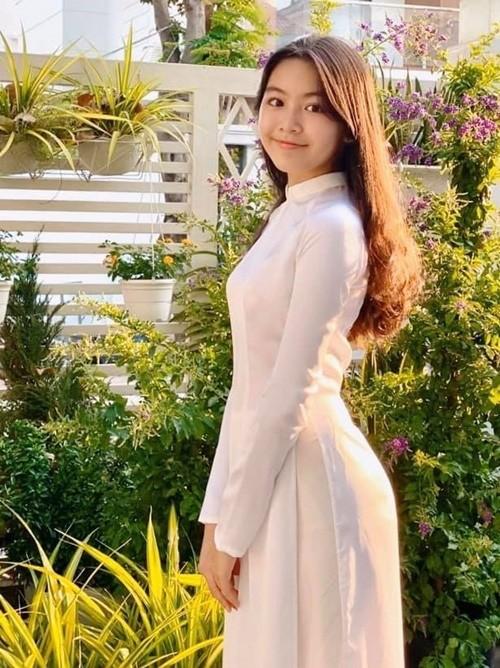 Con gái Quyền Linh trong ảnh không chỉnh sửa: Lớn lên không thi Hoa hậu thì quá phí! ảnh 6