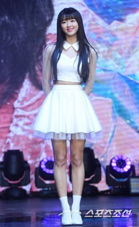 """Muốn biết tỷ lệ cơ thể quan trọng cỡ nào, hãy nhìn các nữ idol """"tưởng cao hóa thấp"""" này  ảnh 3"""