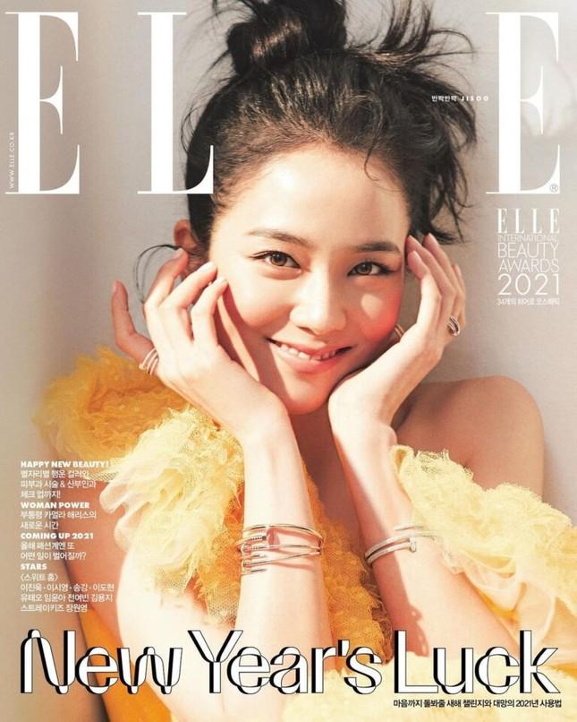 """Nhìn lại """"lục đại tạp chí"""" mà Jisoo đã mở khóa thành công: Ngày càng lên hương nhan sắc ảnh 6"""