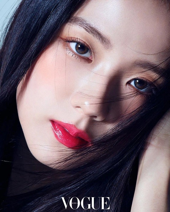 """Nhìn lại """"lục đại tạp chí"""" mà Jisoo đã mở khóa thành công: Ngày càng lên hương nhan sắc ảnh 5"""
