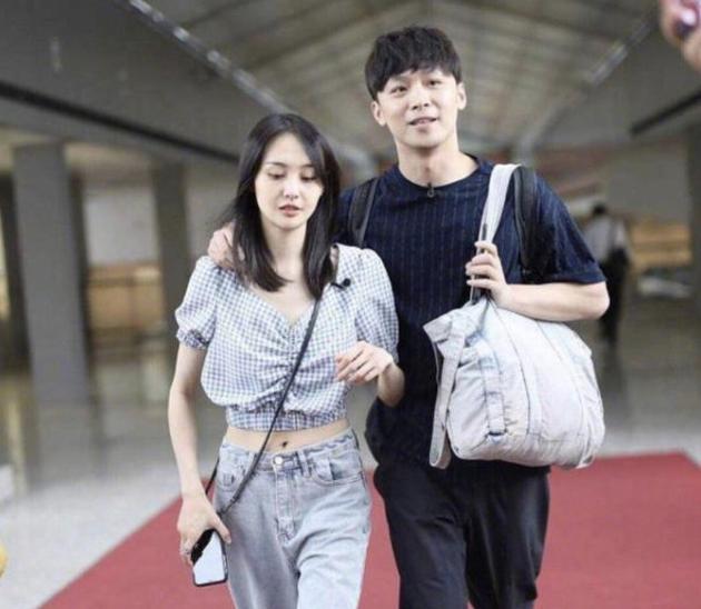 """Từ bê bối Trịnh Sảng, netizen phát hiện điểm trùng hợp giật mình giữa hai nữ chính """"Vườn Sao Băng"""" ảnh 4"""