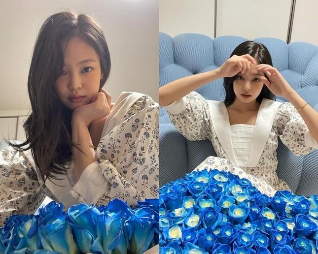 Ngạc nhiên chưa, fan Trung tặng Jennie váy của thương hiệu Việt và trông cực hợp dáng cô nàng ảnh 2