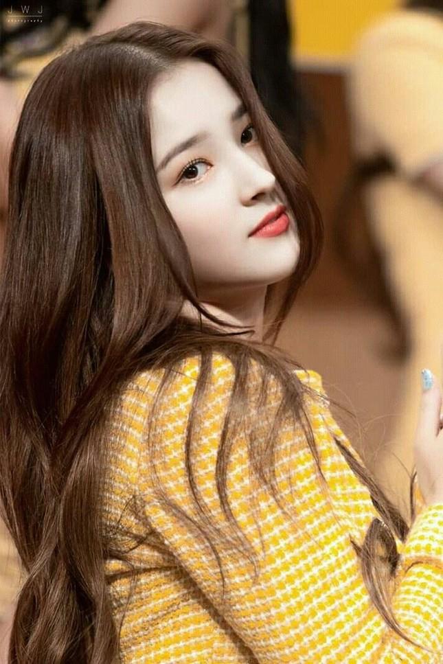 Những mỹ nhân xứ Hàn sở hữu chiếc mũi đẹp tự nhiên đến mức dao kéo cũng bó tay ảnh 7