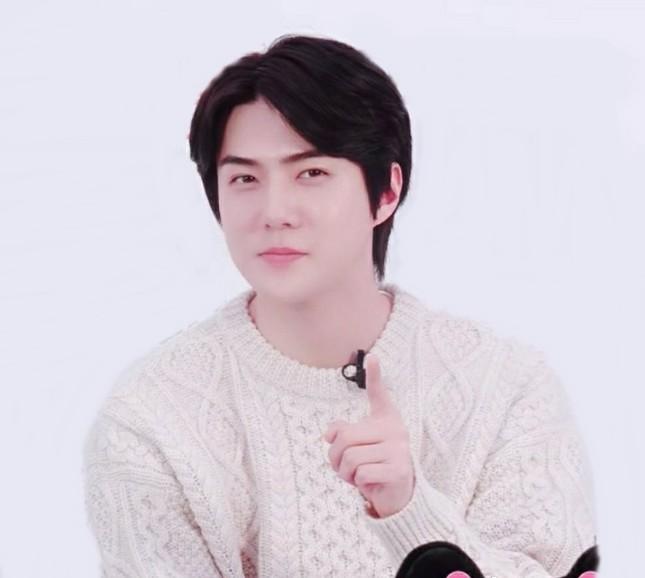 """Đi tìm sự thật phía sau màn nuôi tóc dài hóa """"bà thím"""" của Sehun (EXO) và Lee Jong Suk ảnh 4"""