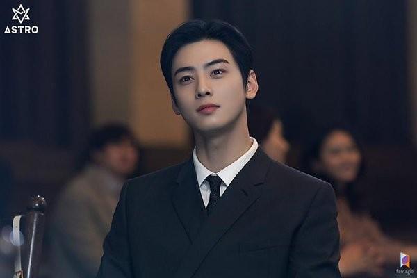 """Được khen có """"gương mặt thiên tài"""" nhưng Cha Eun Woo lại mất điểm vì hành động sai lầm này ảnh 3"""
