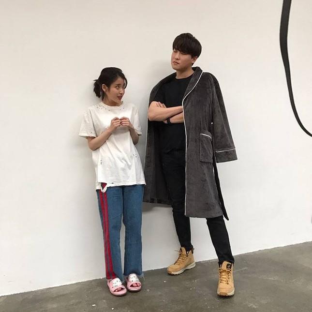 Một lần nữa Jisoo trở thành cô gái có suy nghĩ khác biệt nhất trong đội hình BLACKPINK ảnh 1