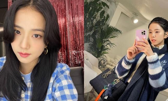 Dựa vào đâu mà netizen khen Jisoo ngày càng có khí chất và phong thái của một diễn viên? ảnh 6