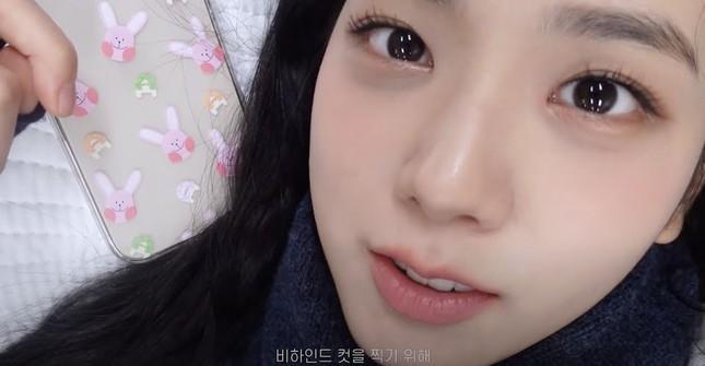 Jisoo bất ngờ tiết lộ bí mật gây sốc phía sau nhan sắc không tì vết của BLACKPINK ảnh 3