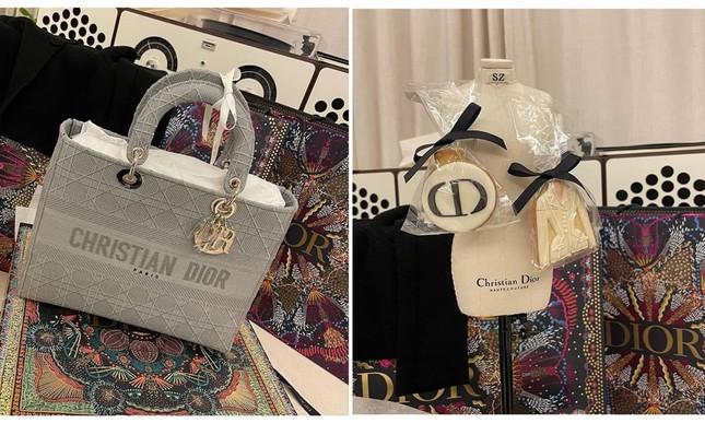 """Đọ quà tặng Dior gửi tới hai """"nàng thơ"""" Suzy và Jisoo BLACKPINK: Ai nhận được đồ """"xịn"""" hơn? ảnh 7"""