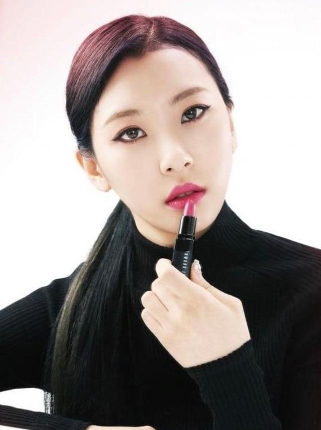 Đâu chỉ kiểu dáng lông mày, đường chân tóc cũng giúp idol thăng hạng nhan sắc ảnh 9