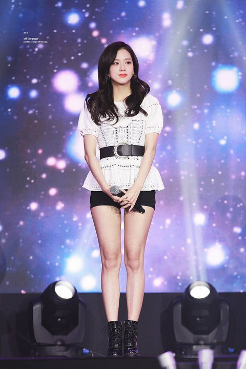 Những nữ idol dáng đẹp nhưng ít được khen ngợi: Ngoài Jisoo (BLACKPINK) còn thêm ai nữa? ảnh 7