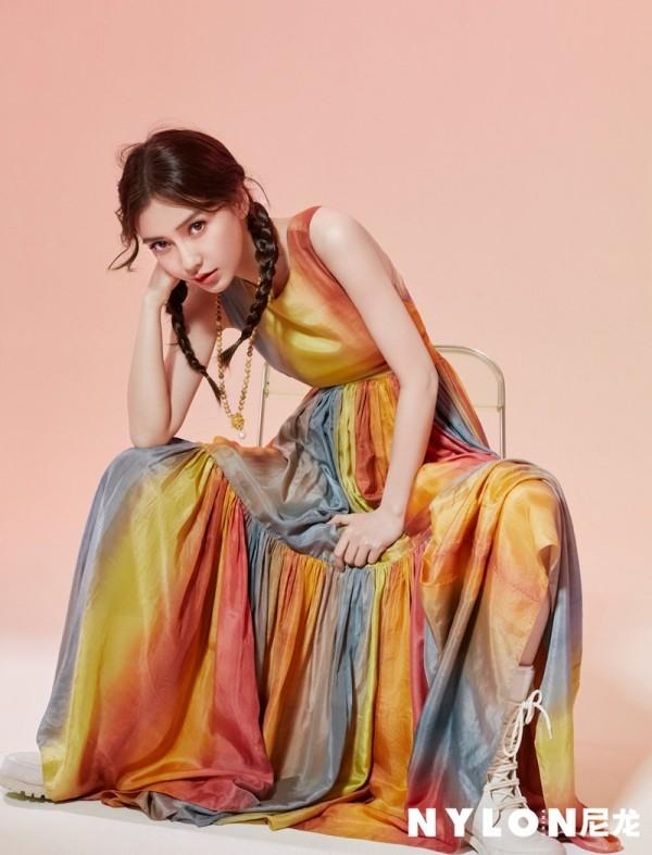 """Đã tìm ra """"chiếc váy thần thánh"""" được các mỹ nhân châu Á yêu thích nhất: Jisoo liệu có thắng thế? ảnh 3"""