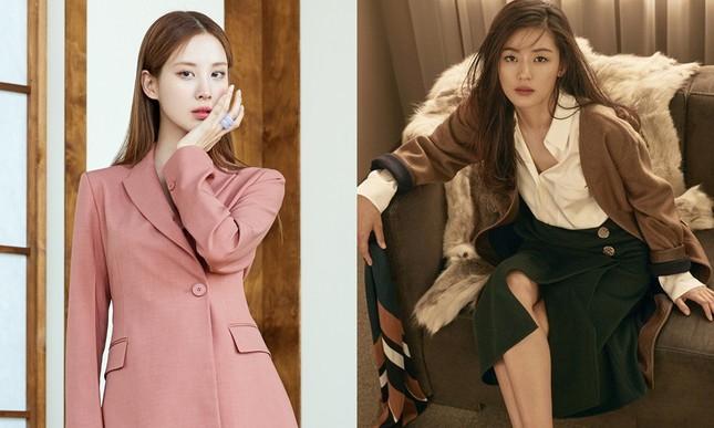 Jisoo (BLACKPINK) liệu có tụt hạng khi chỉ là đại sứ cho thương hiệu thời trang nội địa? ảnh 4