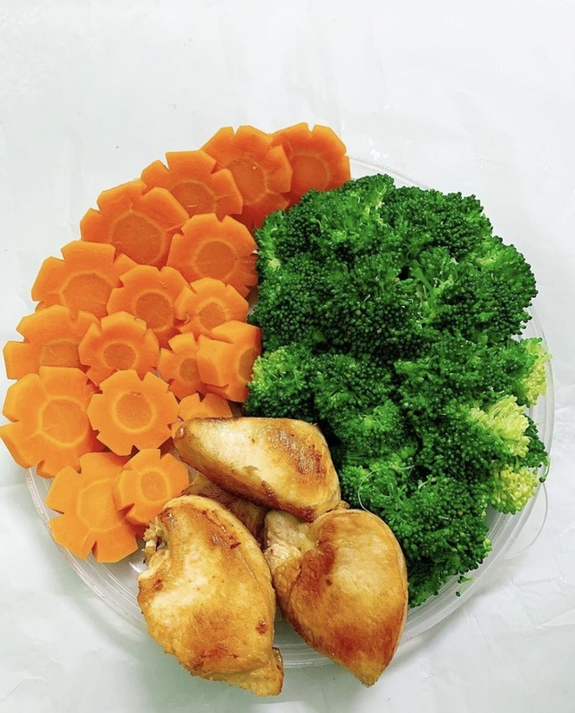 """Bí quyết """"da sáng dáng xinh"""" của Đỗ Thị Hà là nhờ những món ăn ngon bổ rẻ này ảnh 3"""