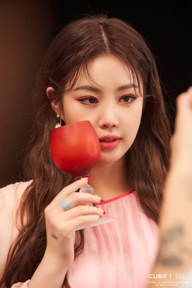 (G)I-DLE phải hủy toàn bộ lịch trình vì bê bối của Soojin nhưng phản ứng của netizen còn tệ hơn nữa ảnh 1