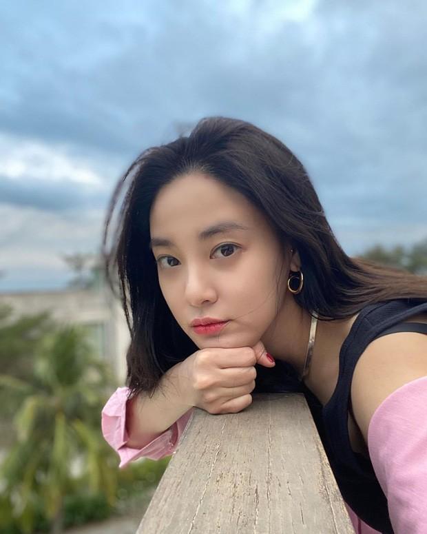 Trong số 3 bạn gái của G-Dragon mà Dispatch tiết lộ, Jennie có đỉnh nhất cả sắc lẫn tài? ảnh 7