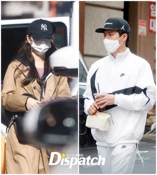 """Vì sao Dispatch không đưa G-Dragon và Jennie vào """"cặp đôi đầu năm"""" như truyền thống? ảnh 1"""