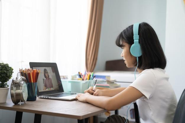 Thiên Thần Nhỏ 401: Bạn đã biết bí quyết giúp học online vui như đến trường? ảnh 2