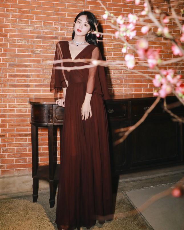 Đại chiến nhan sắc trên thảm đỏ Đêm hội Weibo 2020: Triệu Lệ Dĩnh, Angela Baby phải chịu thua đàn em ảnh 3
