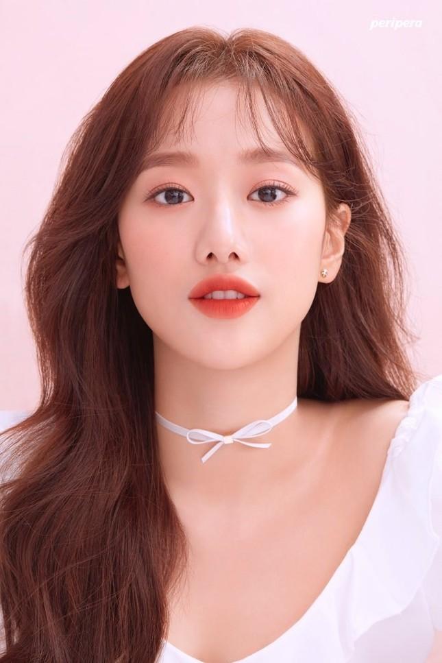 """Vừa mới là """"Nữ idol đẹp nhất K-Pop"""", Naeun (April) đã gặp scandal lớn nhất sự nghiệp ảnh 1"""