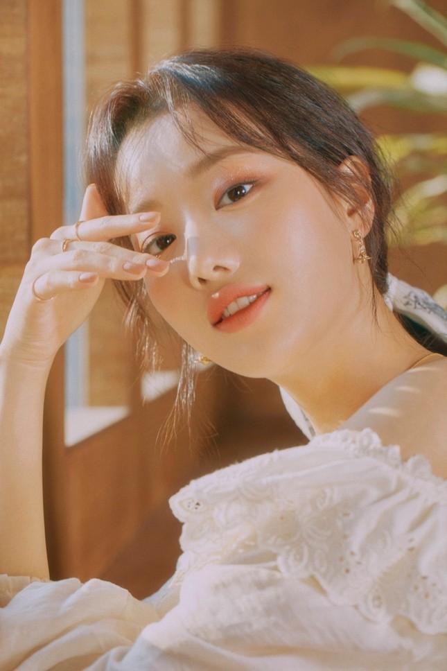 """Vừa mới là """"Nữ idol đẹp nhất K-Pop"""", Naeun (April) đã gặp scandal lớn nhất sự nghiệp ảnh 4"""
