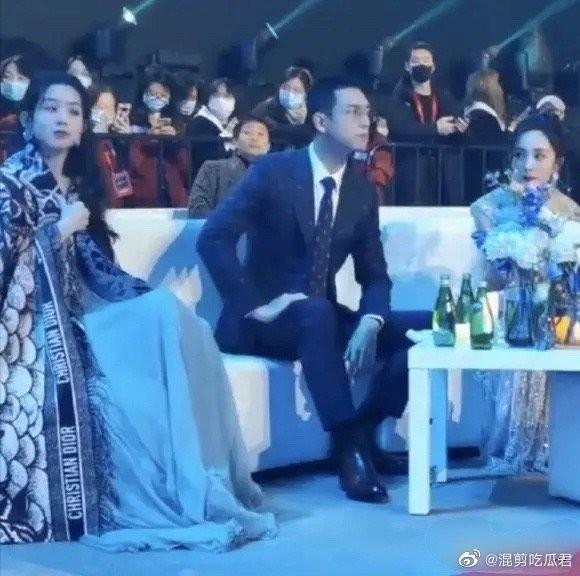 Đụng độ hai tình cũ của chồng, Triệu Lệ Dĩnh hành xử thế nào mà được netizen vỗ tay? ảnh 6