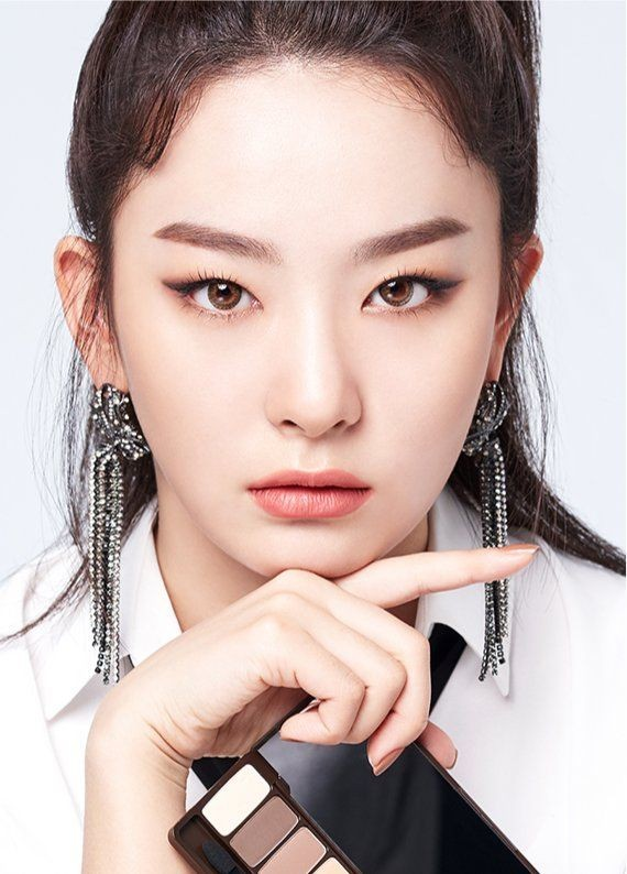 """Những nữ idol khiến bạn phải thay đổi quan điểm """"chỉ có mắt hai mí mới đẹp"""" ảnh 4"""