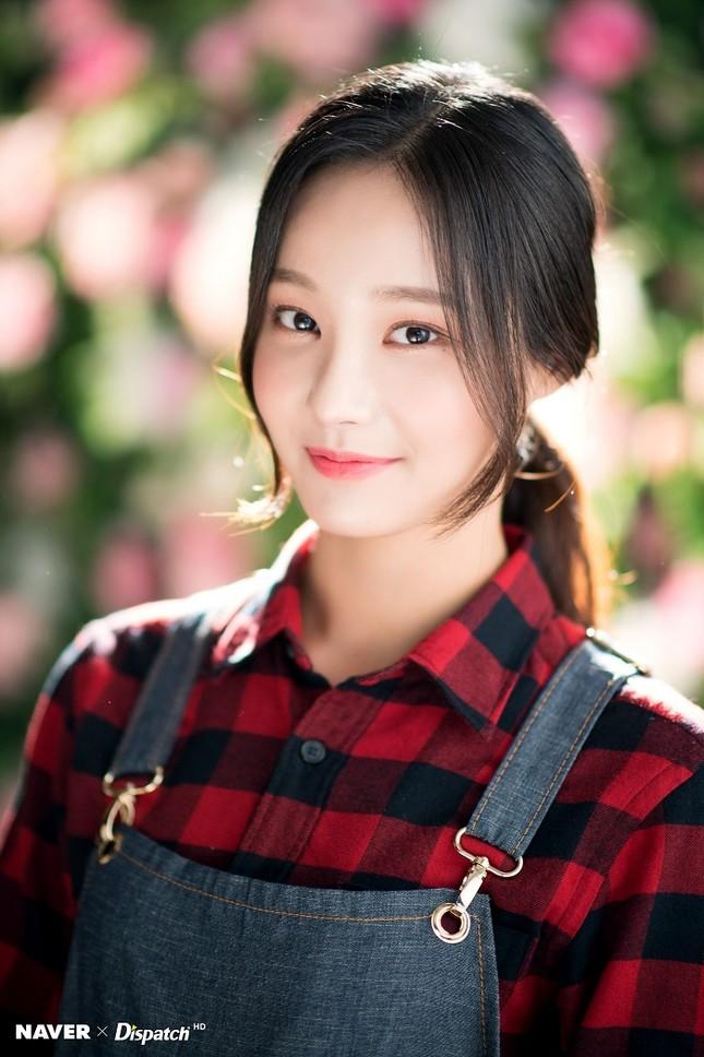 """Những nữ idol khiến bạn phải thay đổi quan điểm """"chỉ có mắt hai mí mới đẹp"""" ảnh 6"""