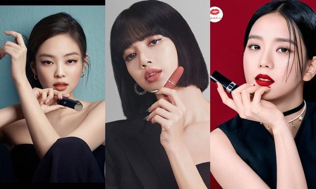 """Jennie và Jisoo đã """"mở khóa"""" 6 trang bìa tạp chí hàng đầu xứ Hàn, bao giờ đến lượt Lisa? ảnh 3"""